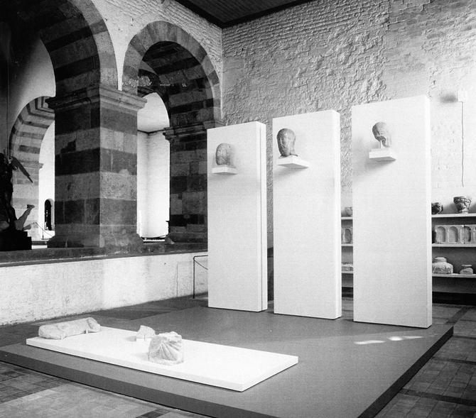 Ausstellung der sog. ottonischen Fragmente [kirchen]