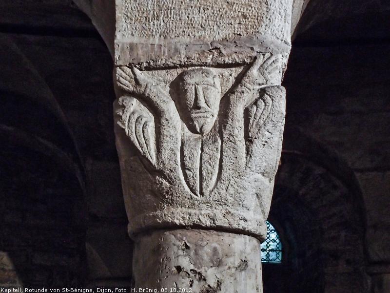 Figürliches Kapitell in der sog. Krypta von St-Bénigne, Dijon, um 1010 [Brünig]