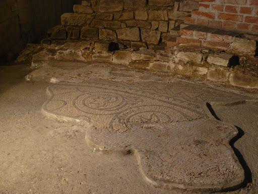 http://www.sabap.fvg.beniculturali.it/eventi/nuovi-orari-per-la-basilica-paleocristiana-a-trieste